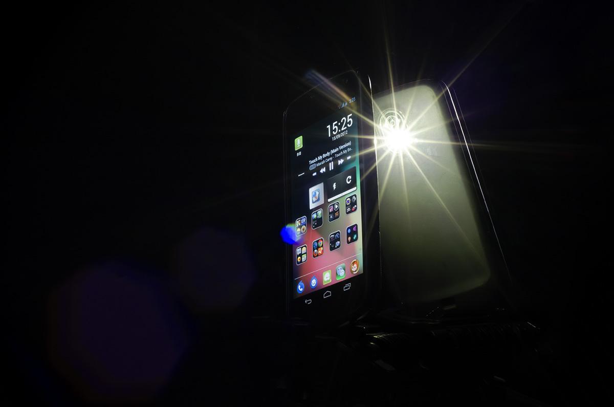 用手机LED为拍摄补光