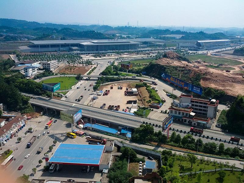 用手机Galaxy Nexus拍摄的宜昌城东桔城路